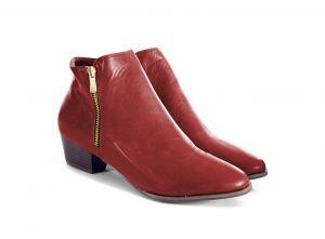 Boots Linda line